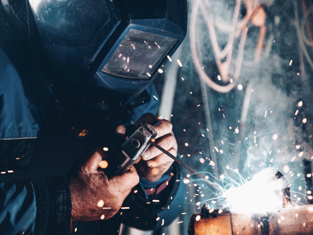 鋳鋼欠陥と溶接補修